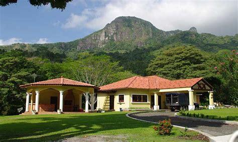 beautiful mountain houses beautiful farm houses beautiful country mountain houses