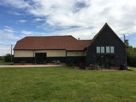house sitters wanted house dog sitter wanted finchingfield united kingdom