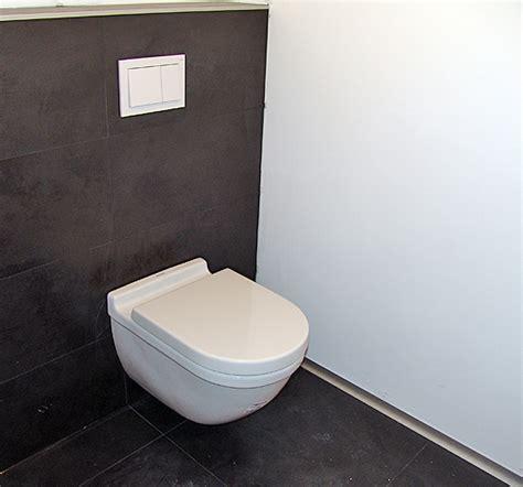 wc fliesen badezimmer whitecube wiener neustadt