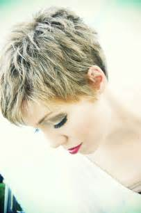 Simple short hairstyles pixie haircut for thick hair