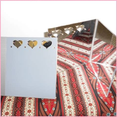 Patchwork With Busyfingers - fussy cutting mirror patchwork with busyfingers