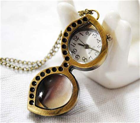 Korean Exqusite Fashion Moon Charm Design Sweater Chain perfume jewelry vial glass globe terrarium lwork glass
