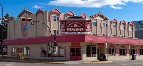 Town & Mountain Hotel ? Downtown Whitehorse, Yukon