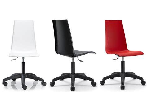 ruote sedie ufficio sedia per ufficio girevole e regolabile scocca in