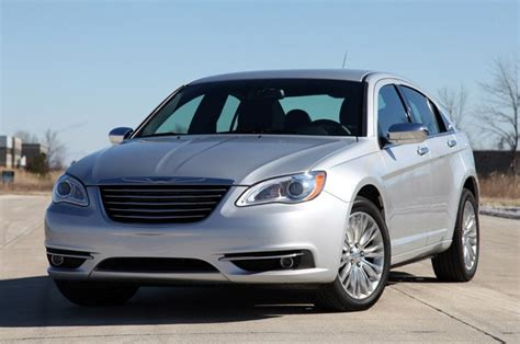 2011 chrysler 200 mpg chrysler 200 successor to boast 38 mpg 9 speed automatic
