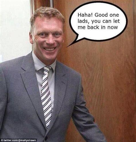David Moyes Memes - manchester united fans put david moyes chosen one banner