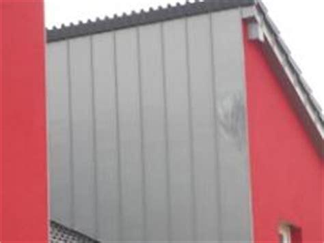 sch 195 182 nes einfamilienhaus mit roter fassade