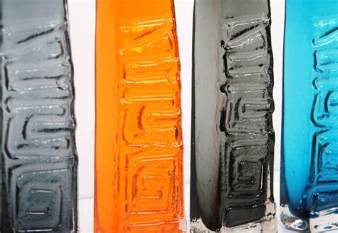 1960s whitefriars geoffrey baxter 9596 geoffrey baxter whitefriars totem pole glass vase collection at 1stdibs