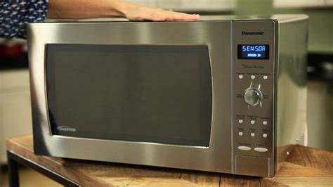 Panasonic Countertop Microwave Reviews by Panasonic Nn Sd997s Microwave Review Cnet