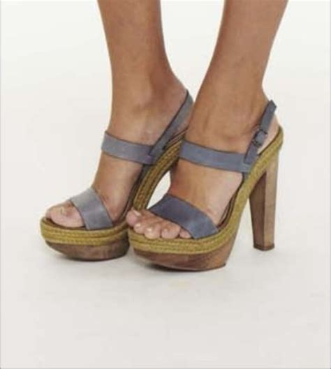 wood high heels shoes grey shoes wood wood heel step peep toe open