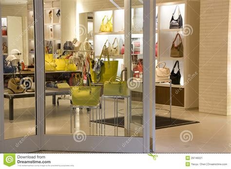 Purse Store stores that sell purses nite ize doohickey key tool