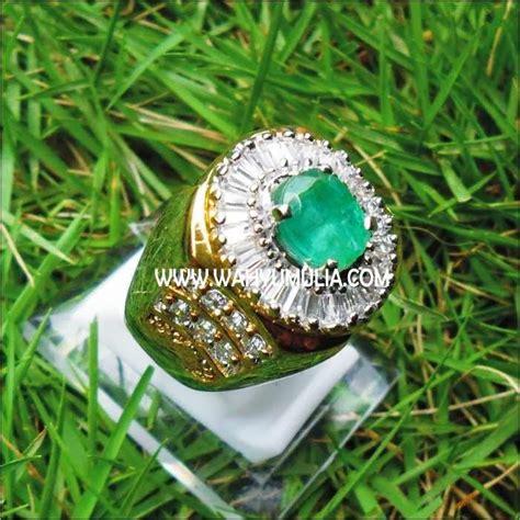 Emerald Beryl Zamrud 2 2ct batu permata green emerald beryl sold batu permata