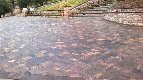 pavimento a secco per esterni gres porcellanato per outdoor con spessore 20mm con