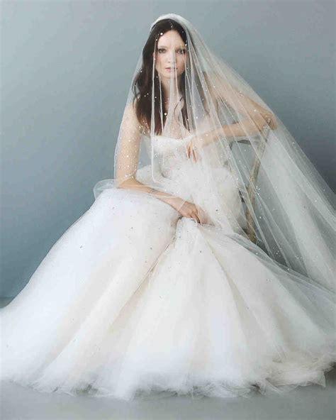 7 Stunning Wedding Veils by 12 Seriously Stunning Wedding Veils Martha Stewart Weddings