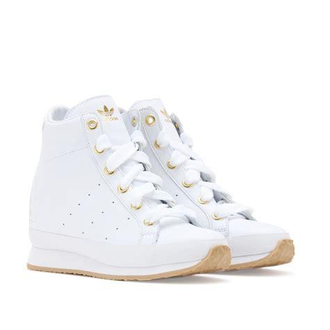adidas wedge sneakers 黑白简约 adidas by o c honey tennis leather wedge sneakers