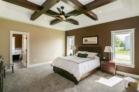 master bedroom plush carpet in a speckled color   Design