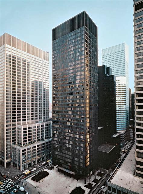 ludwig mies van der rohe the seagram building new york ludwig mies van der rohe and philip johnson seagram build