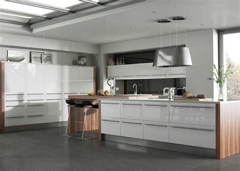 modern white gloss kitchen cabinets high gloss kitchens mastercraft kitchens