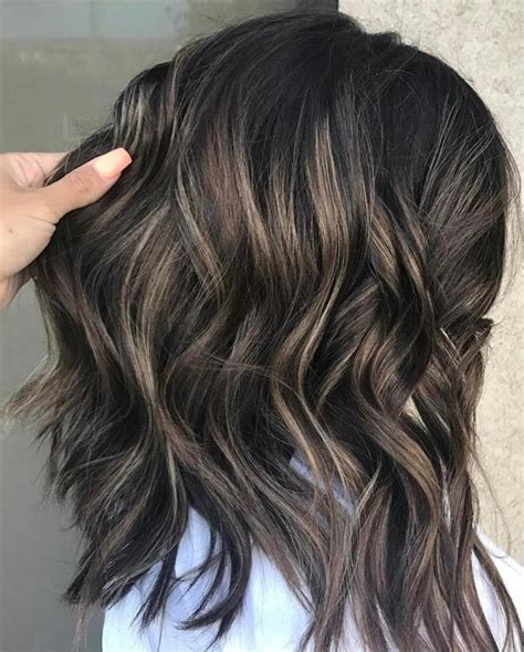 ash brown hair with highlits around face only 30 ash blonde hair color ideas that you ll want to try out