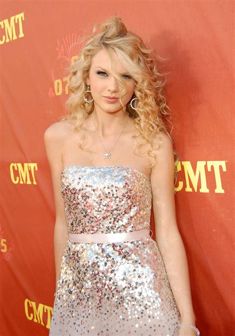 Rather Disastrous Cmt 2007 Awards how took apple time