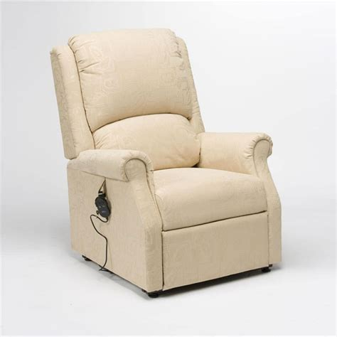 drive medical recliner chairs drive medical chicago riser recliner chairs oakham