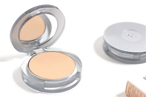Pressed Minerals by Pur Minerals 4 In 1 Pressed Mineral Makeup Light