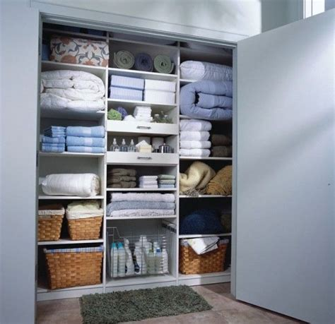 Find Closet Organizers by Efficiently Organizing Your Closet To Find Your Items