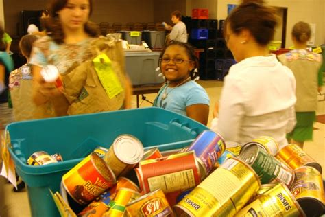 Oak Park Food Pantry by Oak Park River Forest Scouts To Fill Food Pantry