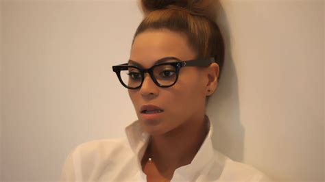 watch the women of gq behind the scenes with erin andrews gq watch the women of gq behind the scenes with beyonc 233
