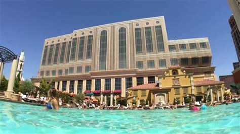 Best Hotel To Stay In Las Vegas Las Swimming Vegas Pools Hotel