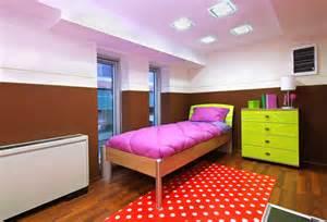 organize a small bedroom how to organize your small bedroom tipstoorganize com