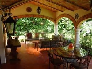 Mexican Style Patio Hacienda Style Patio