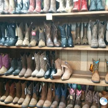 boot factory outlet 18 photos 14 reviews leather