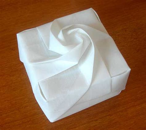 How To Make An Origami Flower Box - origami box