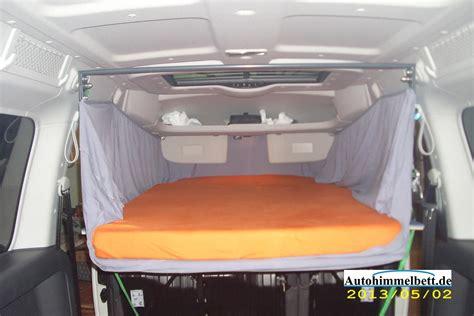 auto zum schlafen so funktioniert das autohimmelbett im auto schlafen mit