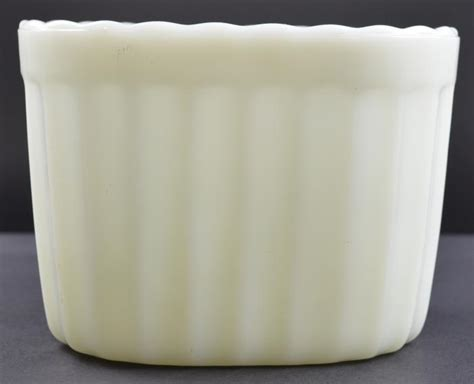 vase mate ribbed milk glass planter 6 125 quot long