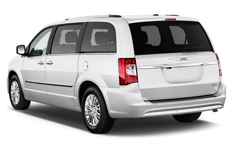 2013 chrysler town and country 2013 chrysler town country reviews and rating motor trend