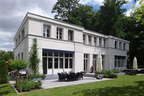 gesimse haus mut zur symmetrie neubau klassizistische villa cg