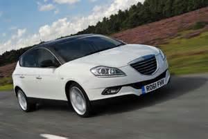 Chrysler 100 Hatchback 2017 Chrysler 100 Hatchback