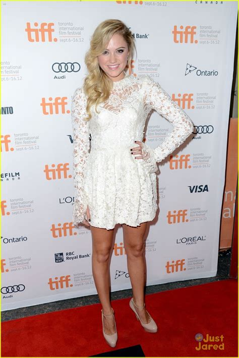 maika dress original queenalabels zac efron at any price tiff premiere with maika