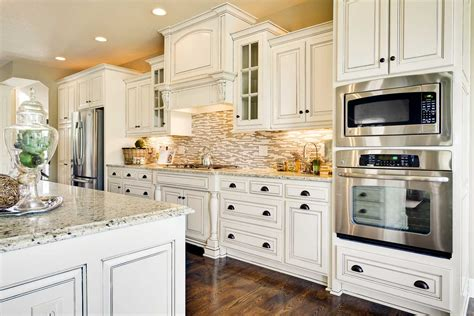 white antiqued kitchen cabinets white antiqued kitchen cabinets roselawnlutheran