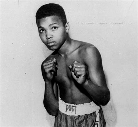 mohammad ali wrestler biography childhood pictures boxer muhammad ali mini biography and