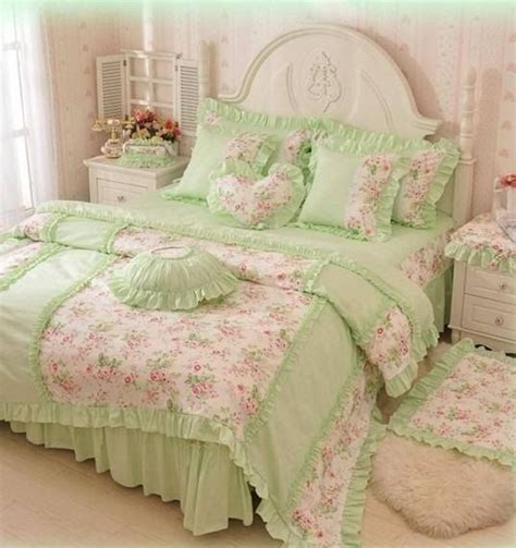 1000 ideas about shabby chic comforter on pinterest shabby chic headboard burlap bedroom and