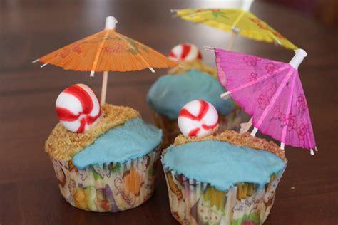 summer decorations summer cupcakes