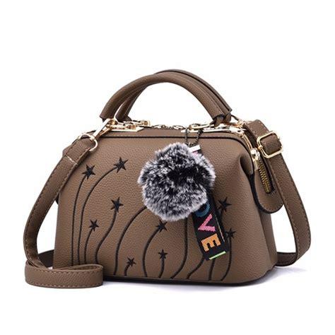 Es30771 Tas Import Handbag Pom Pom jual b0785 khaki doctor bag pom pom elegan grosirimpor