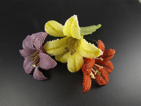 how to make beaded flowers beautiful beaded daylily brooch tutorial the beading gem