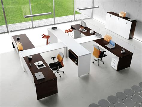 sistemi ufficio postazioni modulari per uffici operativi in stile moderno