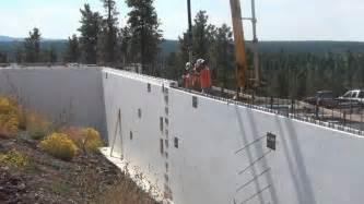 pouring concrete in a 12 inch retaining wall built using fox blocks youtube