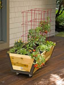 rolling planter box u garden bed on wheels gardeners