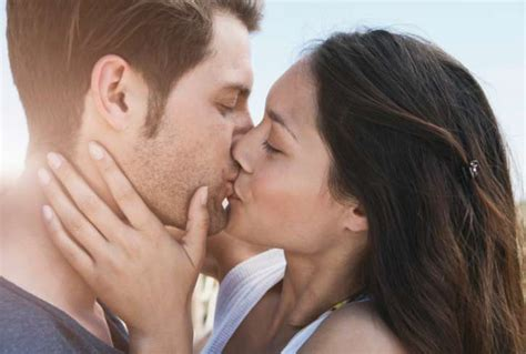 french kiss tutorial in hindi how to do a perfect french kiss step by step guide